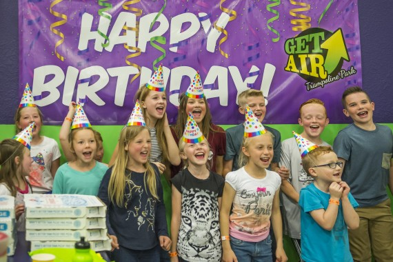 kids birthday party at get air